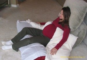 contour chair position for better relaxation and sleep during pregnancy